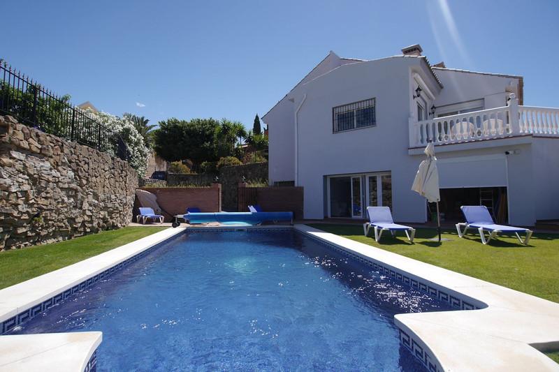 Detached Villa Nueva Andalucía