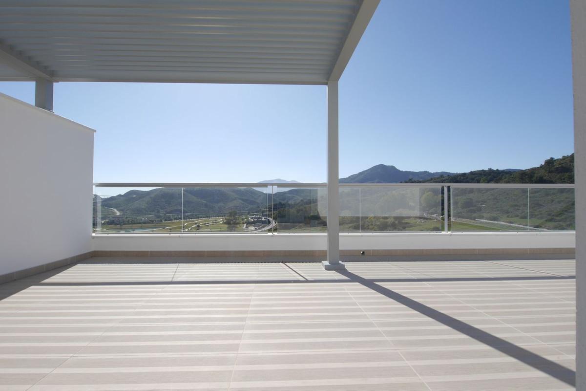 Marbella Banus Ático en Venta en Los Arqueros – R2605871