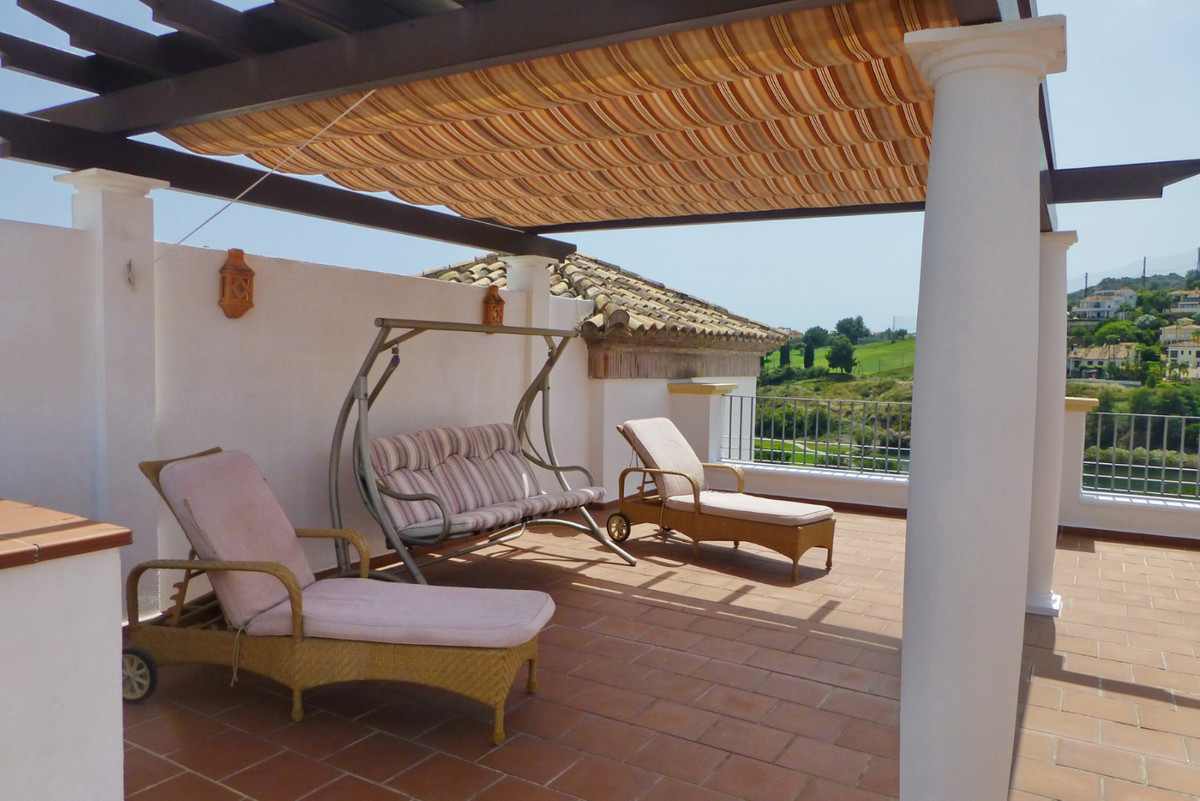 A really attractive penthouse apartment with a gret views, an amazing solarium with outdoor kitchen.,Spain