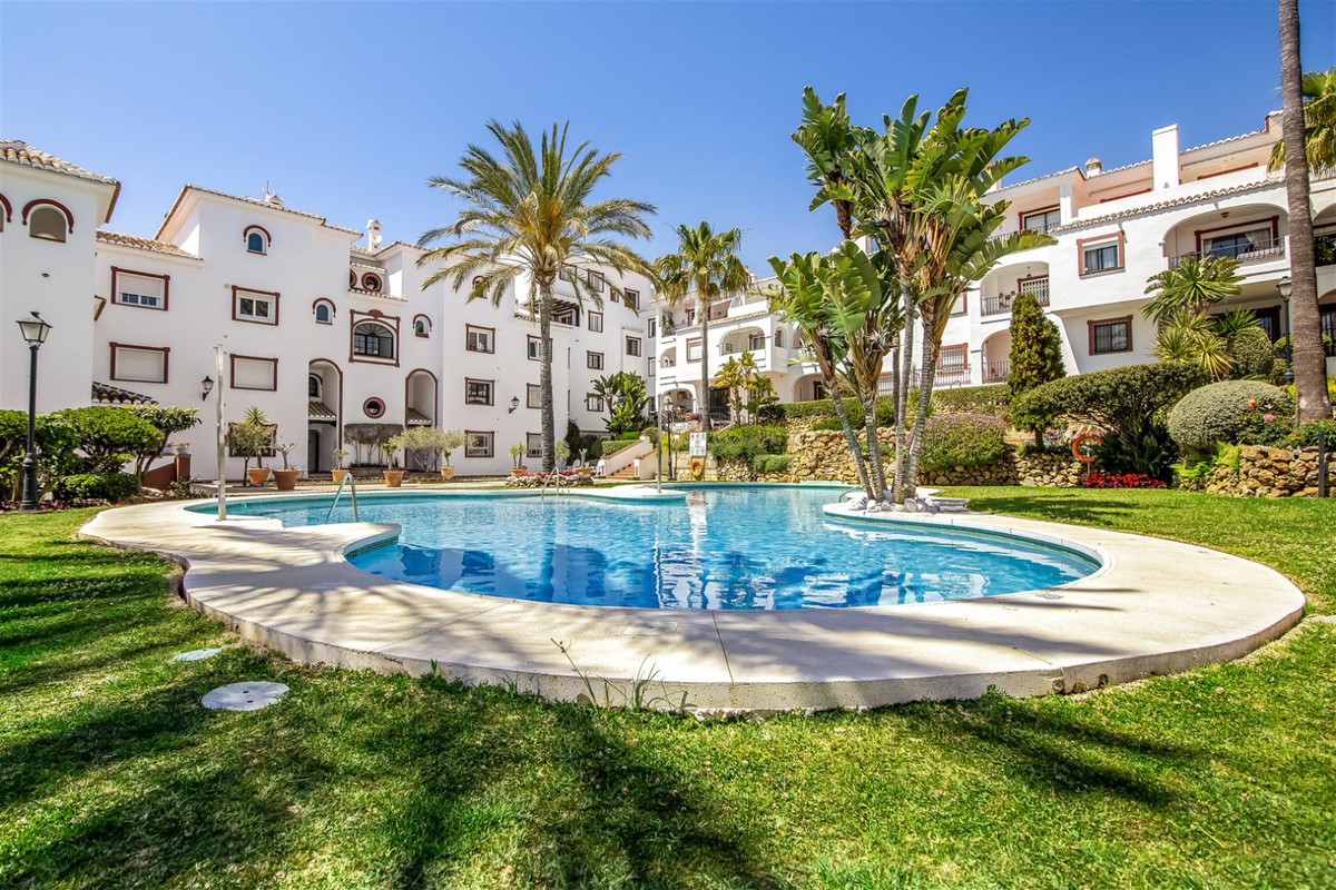 Fabulous property located in the Reserva de Marbella, just 5 minutes to Puerto de Cabopino and 15 mi,Spain