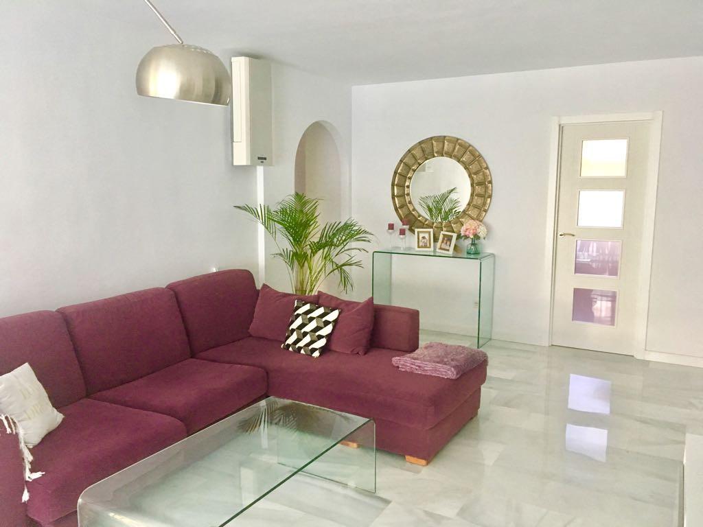 Apartment  Ground Floor for sale   in Guadalmina Baja