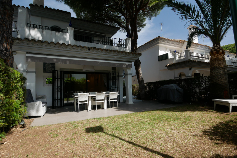This beautiful terraced house in the area of Cabopino Puerto has much to offer, the location is exce,Spain