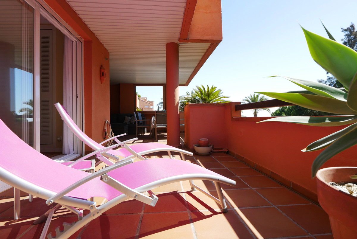 Marbella Banus Apartamento en Venta en La Mairena – R3518002