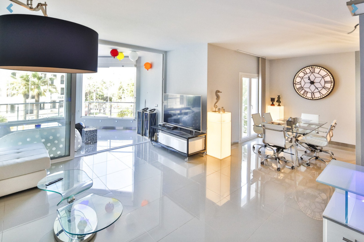 FABULOUS PROPERTY!!!  Recently refurbished apartment designed in a contemporary style offering a fan,Spain
