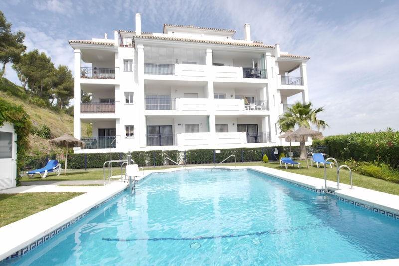 Middle Floor Apartment in Miraflores