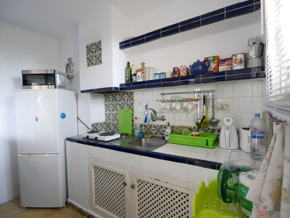 Apartamento en Venta en New Golden Mile – R3141256