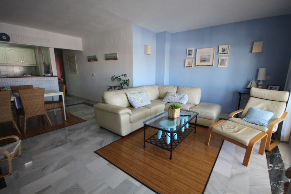 2 Bedroom Apartment for sale Calahonda