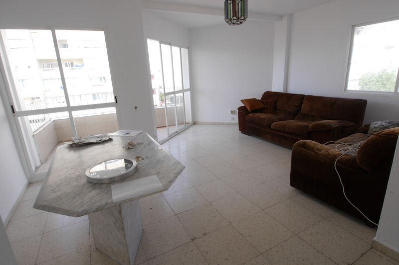Apartamento Planta Media en venta en Marbella – R2817005