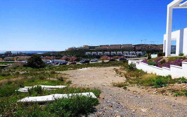 Marbella Banus Terreno Urbano a la venta en La Cala de Mijas – R3223348