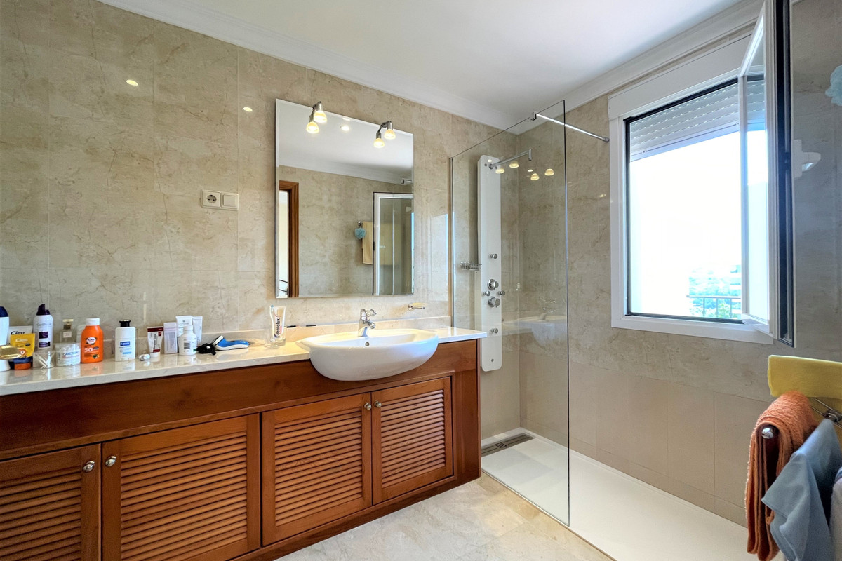 Apartment Penthouse in La Cala Hills, Costa del Sol