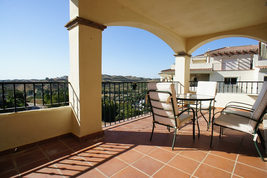 Lovely and spacious corner apartment with a big, South/southeast facing terrace. Lovely views over t, Spain