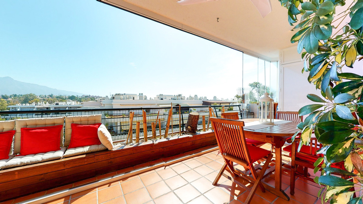 Apartment  Penthouse 													for sale  																			 in San Pedro de Alcántara