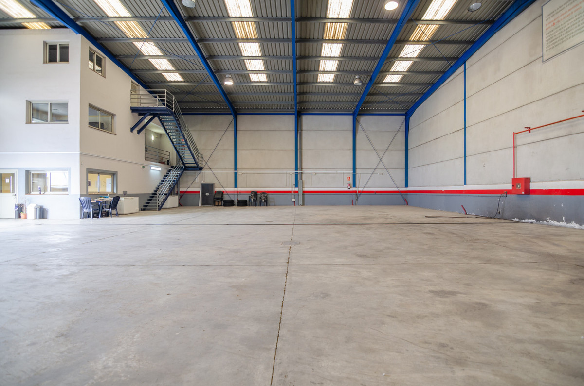 Warehouse for sale in Fuengirola R3569131