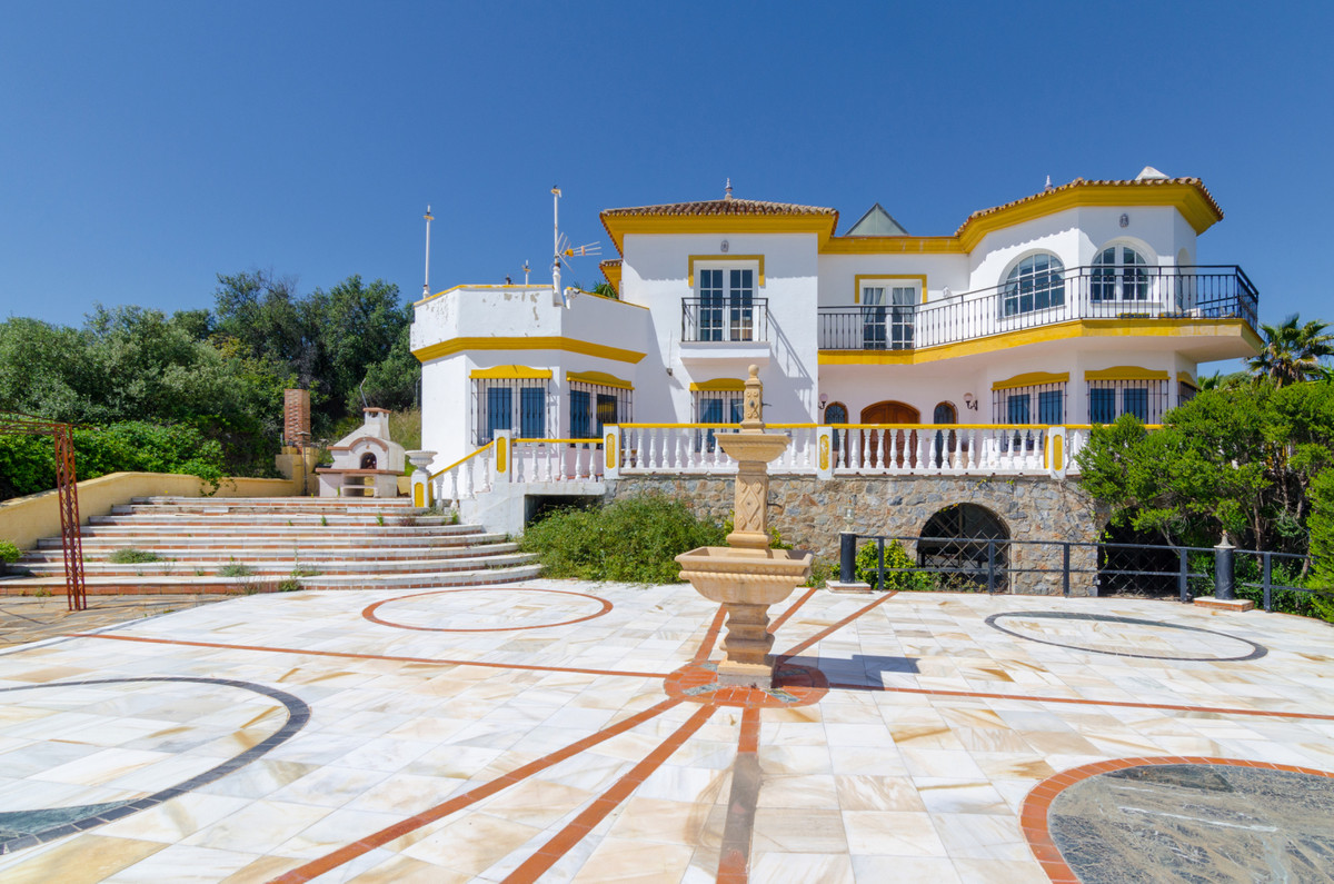 This magnificent property is located within one of the most beautiful residential areas of the CostaSpain