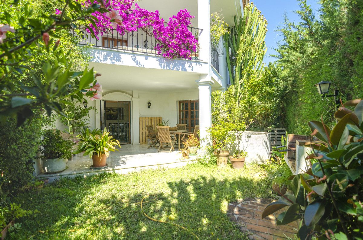 5 bedroom townhouse for sale nagueles