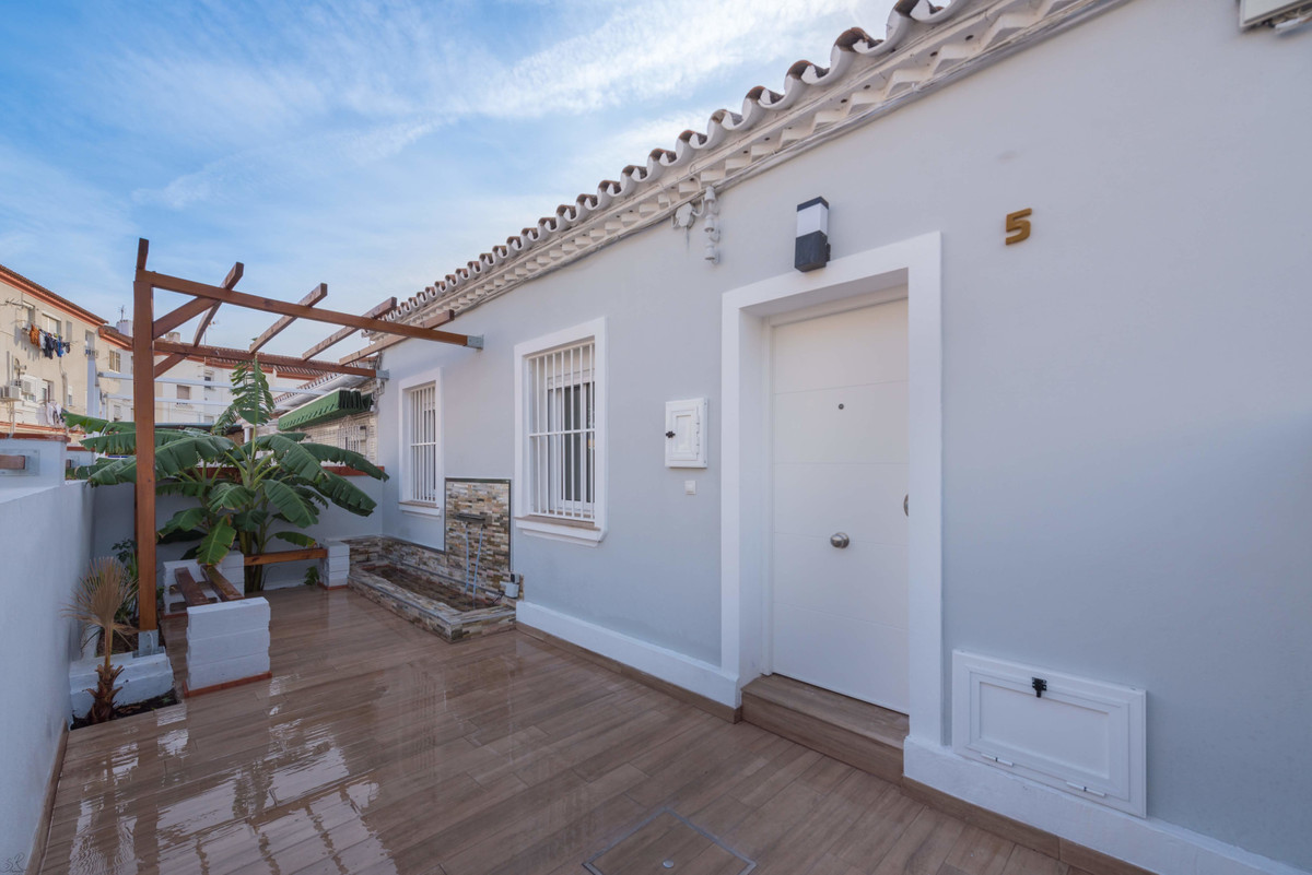 Townhouse for sale in Málaga R3591793