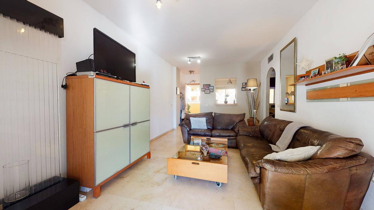 Apartamento en Venta en Calahonda – R3852289