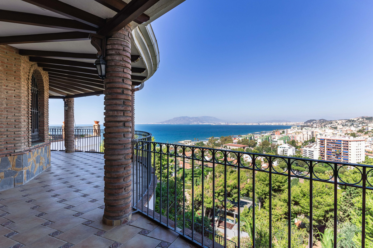 Villa - Málaga