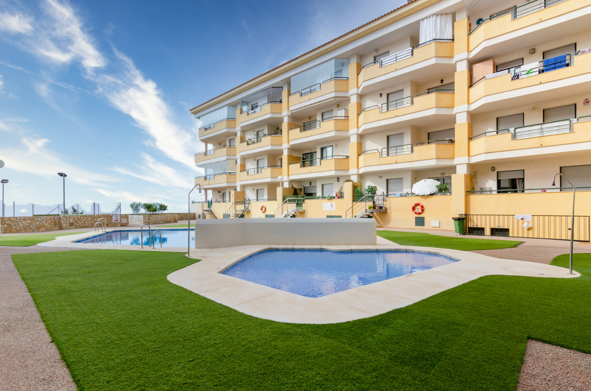 4 bedroom apartment for sale benalmadena costa