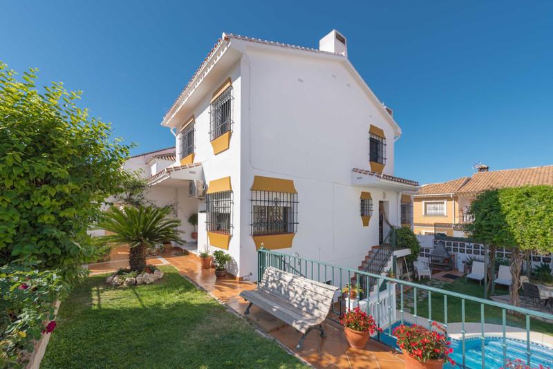 Detached Villa - Fuengirola - R3503104 - mibgroup.es