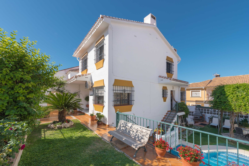 Villa - Chalet - Fuengirola - R3503104 - mibgroup.es