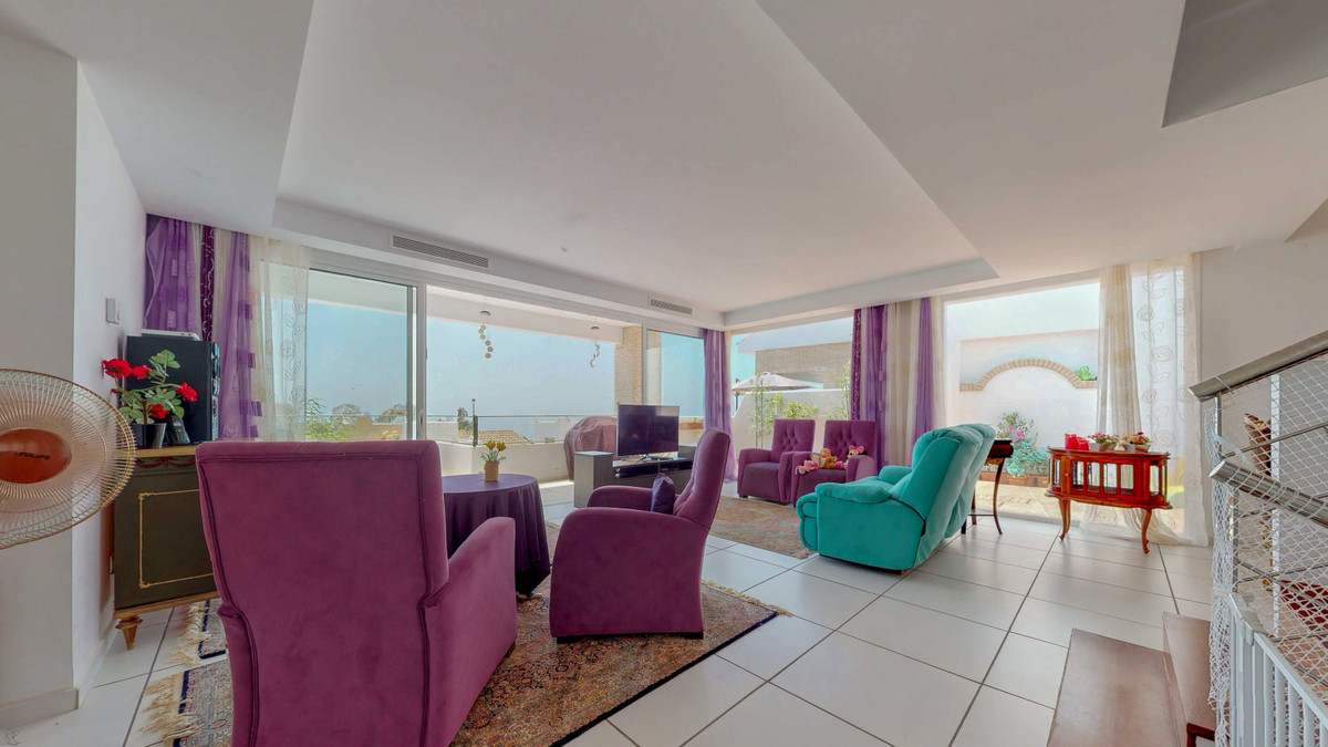 Villa con 4 Dormitorios en Venta Torremuelle