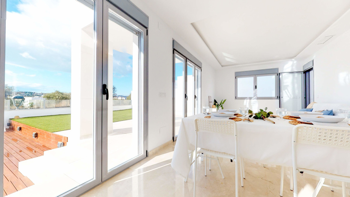 Modern style luxury villa of new construction, building already completed, located in the Mirador de,Spain