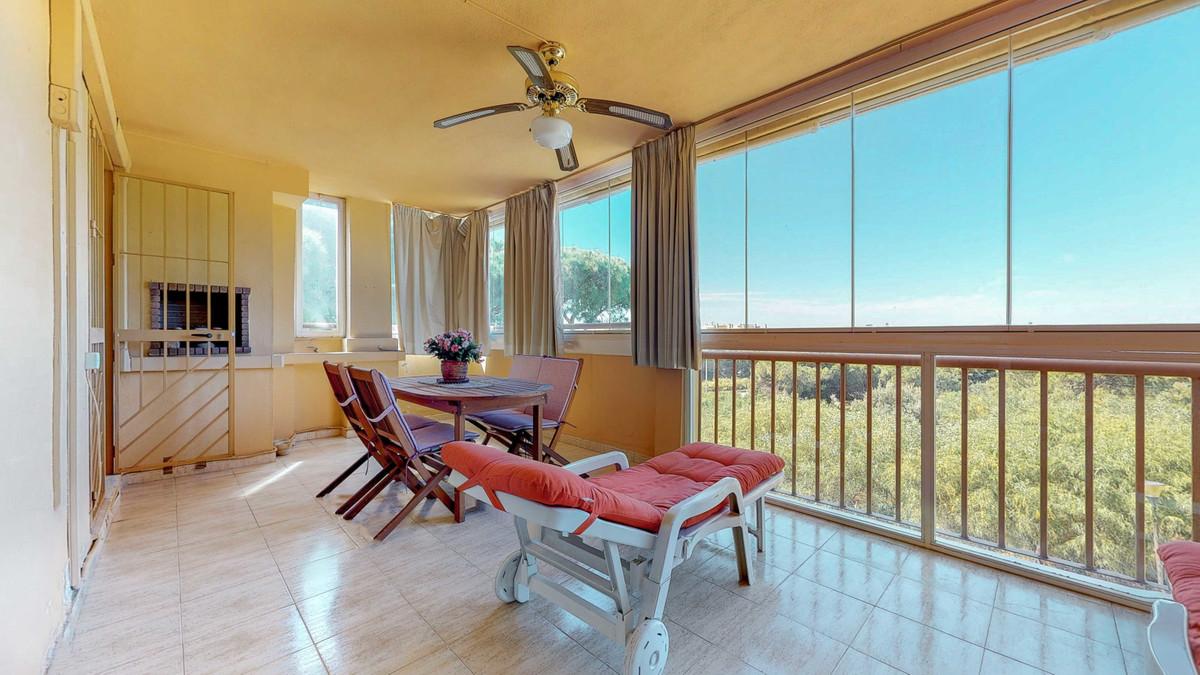 Marbella Banus Apartamento en Venta en Calahonda – R3405178