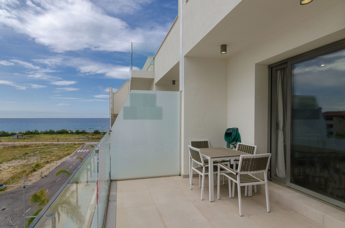 This beautiful penthouse with lots of light trough large windows, is located in PANORAMA BEACH, whic,Spain
