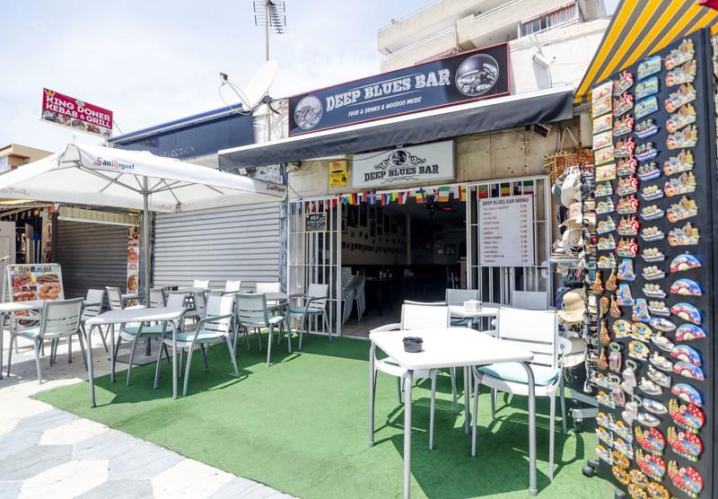 Bar in Benalmadena for sale