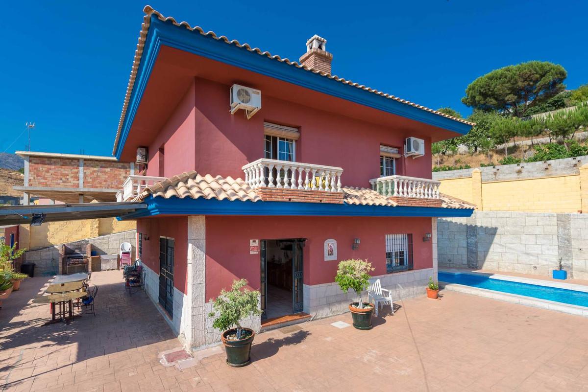 Villa 7 Dormitorios en Venta Campo Mijas