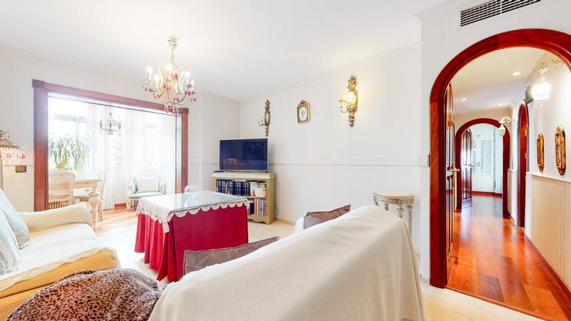 Marbella Banus Middle Floor Apartment a la venta, Fuengirola – R3444838