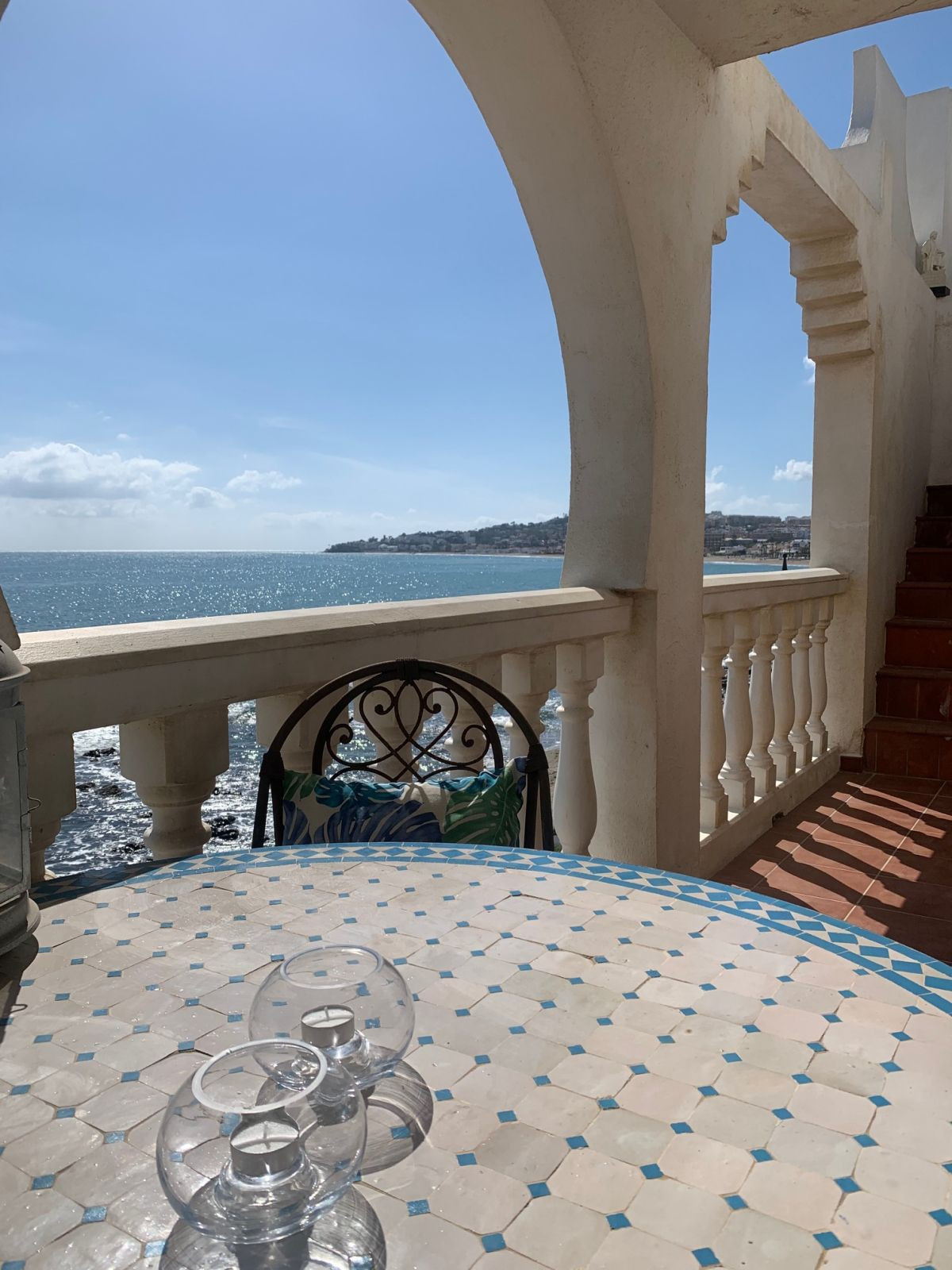 Do you want to wake up to the sound of the waves? Then this is for you! Finally, there is an apartme,Spain