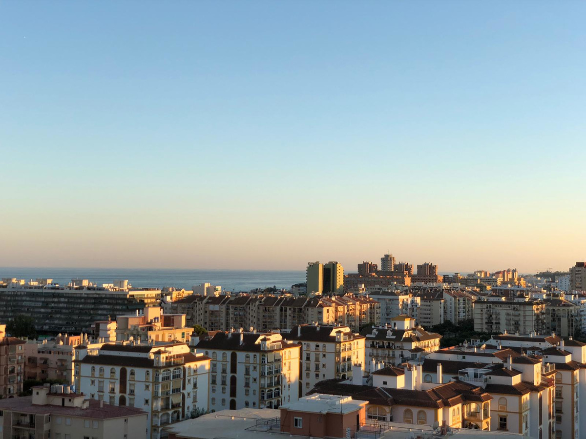Price reduction on this very bright top floor apartment with fantastic views and big terrace for aft, Spain
