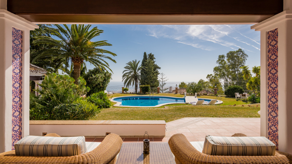 Villa Detached Mijas Málaga Costa del Sol R3597704