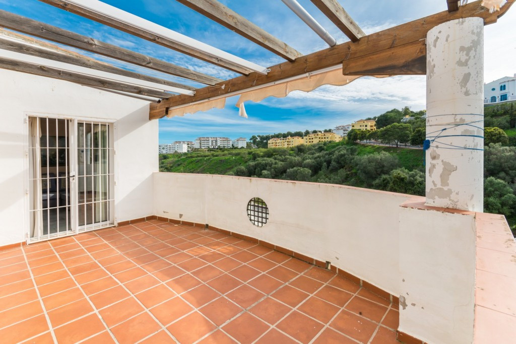 Nice Groundfloor in height with beautiful views, and large and sunny terrace.  Ideal as an investmen, Spain
