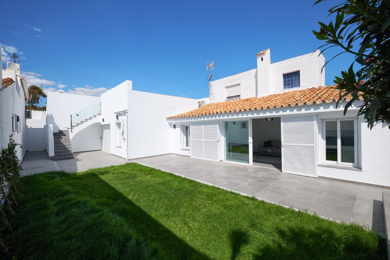 Property for Sale Estepona 14