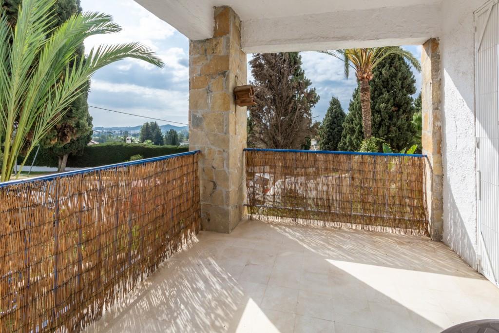 Lägenhet på mellanplan Till salu i Mijas Golf R3839236