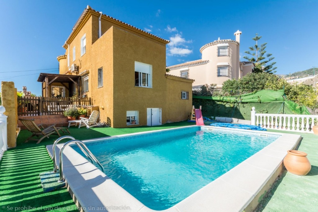 Large renovated Villa in Benalmadena with beautiful open views to the sea and the mountains.  The pl,Spain
