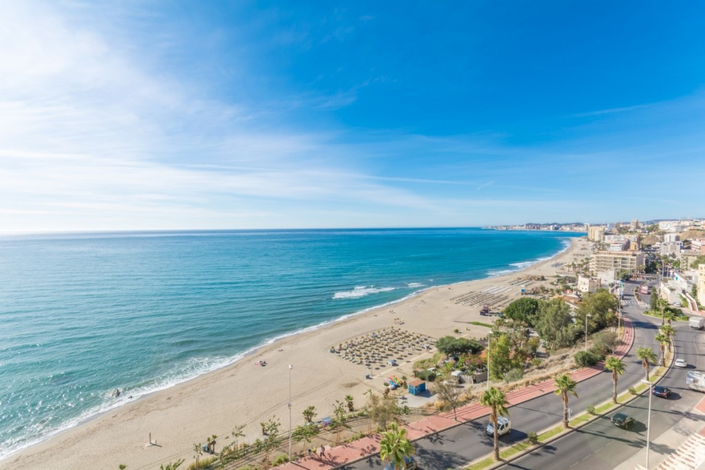 Sea front apartment in CARVAJAL with panoramic views of the beach, town of Fuengirola and the sea.. ,Spain