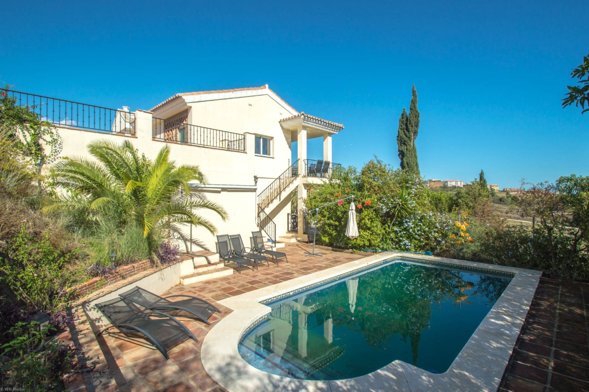Opportunity!! Recent reduction from 550.000€ to 495.000€ for a quick sale !!  Beautiful Villa with p,Spain