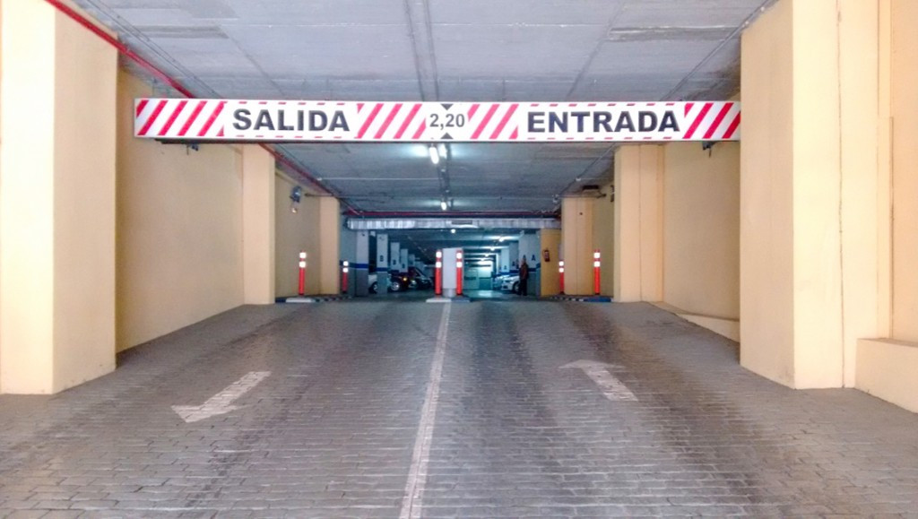 GUARANTEED PROFITABILITY! Business in operation.  ''Premises for a parking business with aSpain