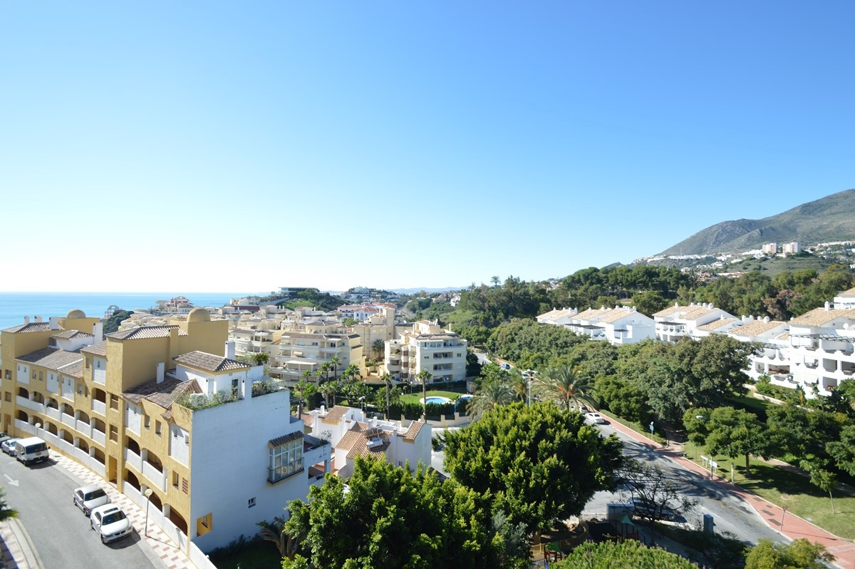 Exclusive penthouse in TORREQUEBRADA, near golf course, 850m from the sea and 450m from the supermar,Spain