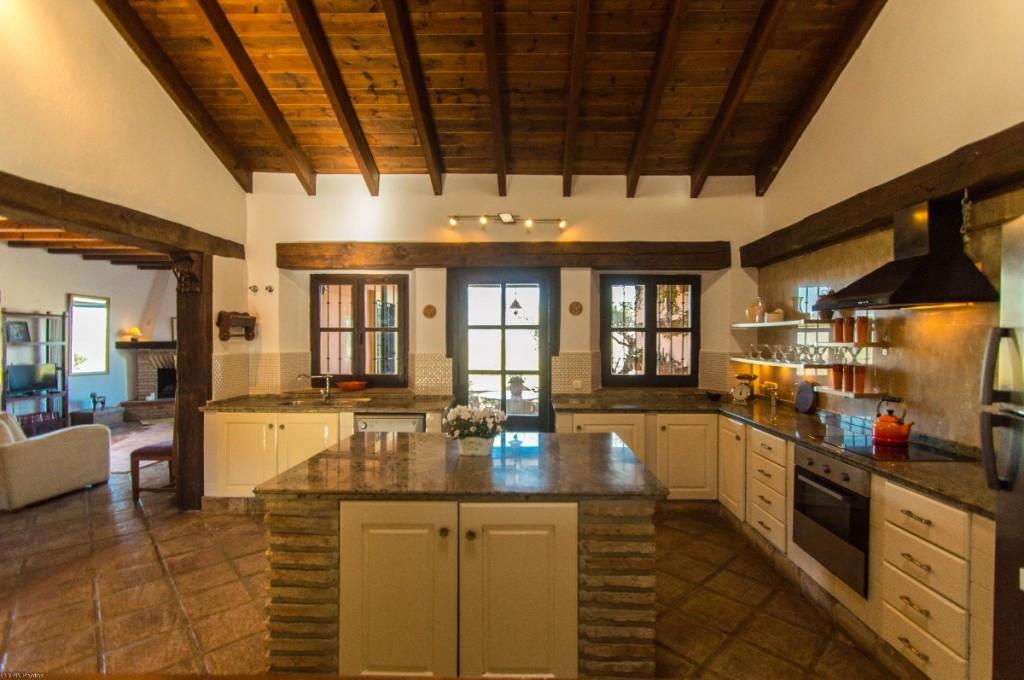 Villa te koop in Coín R3778402