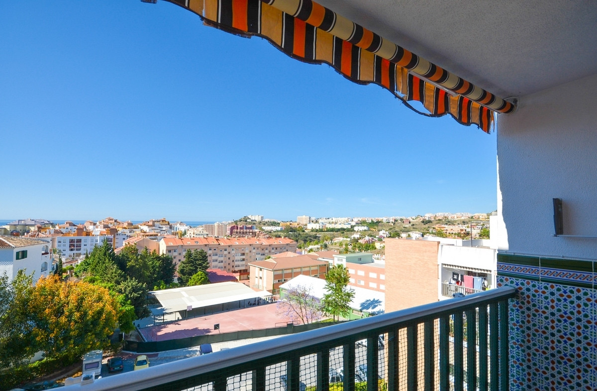 Recently renovated top floor apartment close to amenities and 5 minutes from the beach...  It is dis,Spain