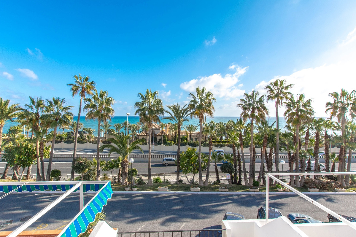 A lovely 2-bedroom townhouse in Playa Marina just a couple of meters from the beach with sea views. ,Spain
