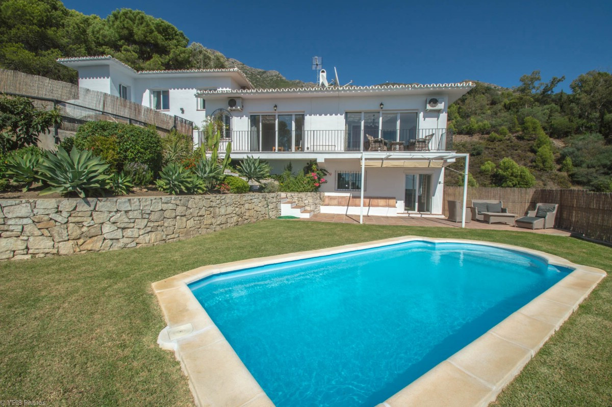 Beautiful Finca completely renovated with apartment for guests and stunning views of the countryside,Spain