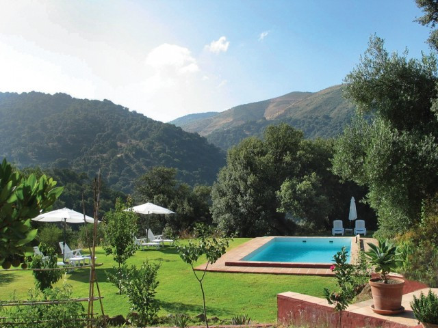 BARGAIN!!  Recent Reduction from 625.000 to 550.000 euros for a quick sale!!  Finca newly built, imm Spain