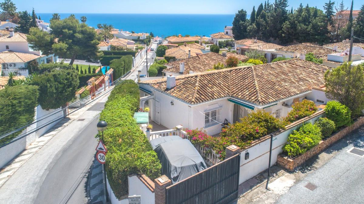Villa Semi Detached Benalmadena Málaga Costa del Sol R3410317 4