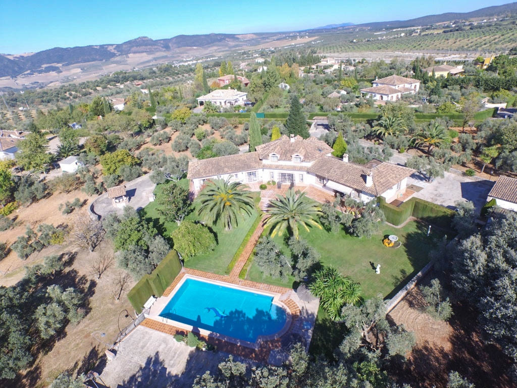 A Beautiful, Well Designed, Exclusive Finca in a Very Desirable Area with 100% Privacy!! This Finca ,Spain